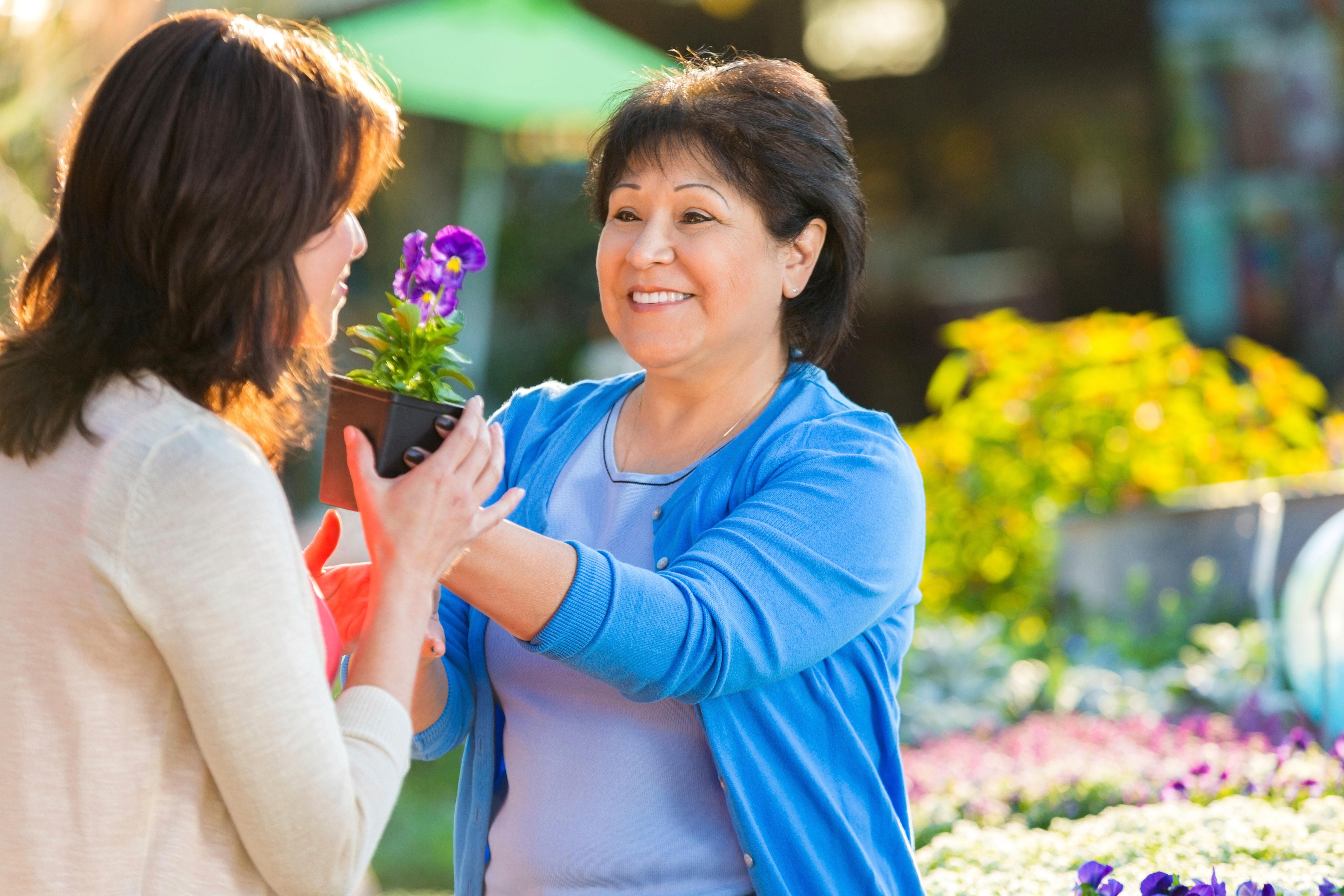meaningful-activities-flower-garden.jpg