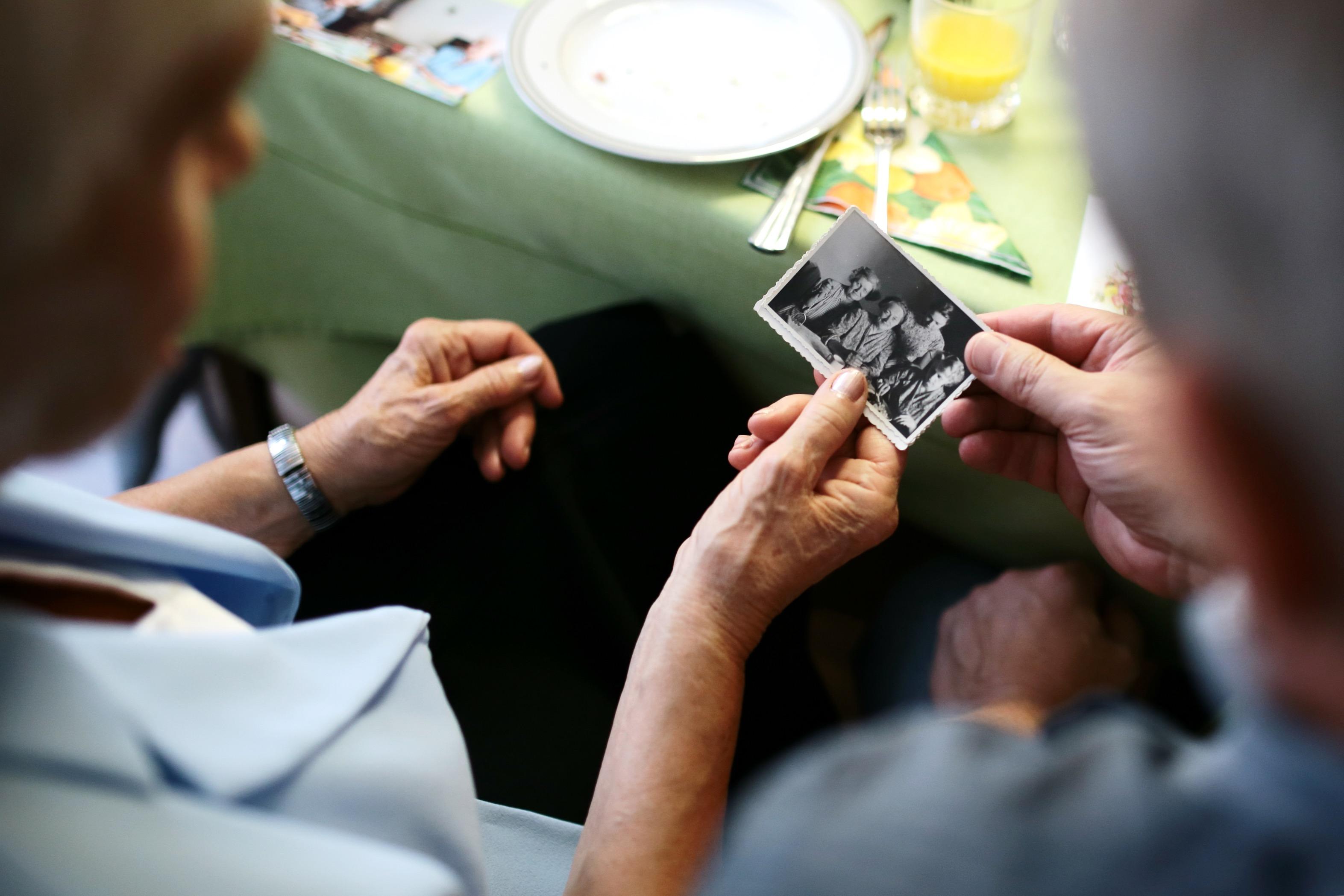 photo-memory-grandma.jpeg